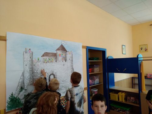 Celoroční hra - malujeme se na tablo